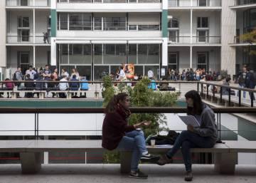 Los empleados a media jornada triplican las horas extras desde 2008 econom a el pa s - Pueblos de espana que ofrecen casa y trabajo 2017 ...