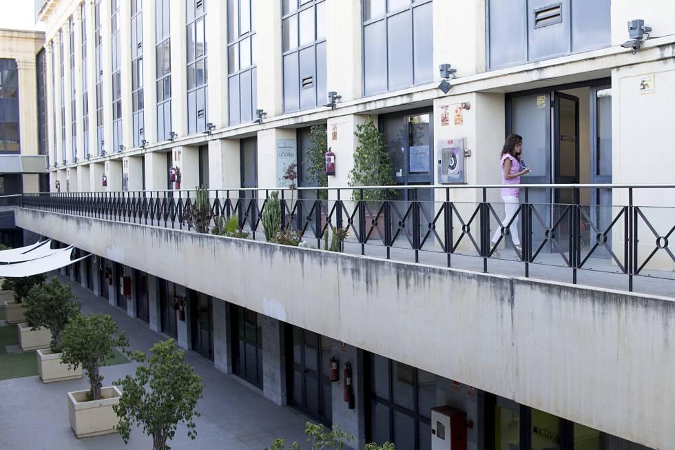 El edifico de Sevilla donde tiene su sede la empresa Externa Team