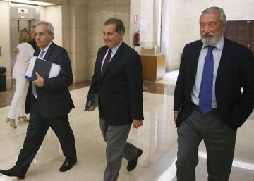Los sindicatos de Aena y Enaire no logran un acuerdo con Fomento y aplazan la huelga a octubre