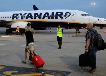 Ryanair cancela 212 vuelos este martes por una huelga de controladores en Francia