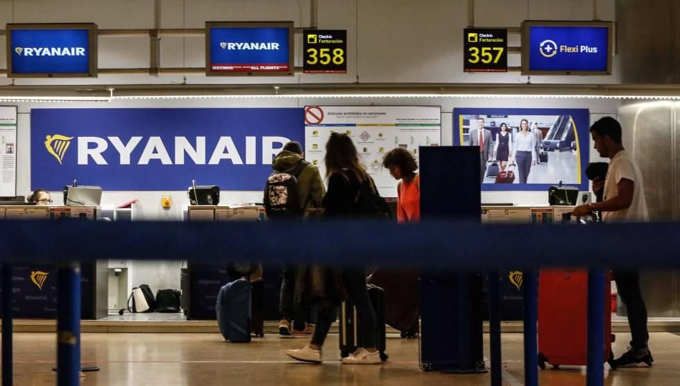 España: Ryanair cancela 200 vuelos y dejará en tierra a 50.000 pasajeros
