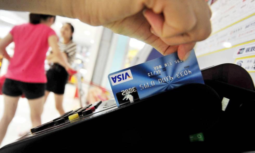 Visa y Mastercard cierran acuerdo de $6,200 millones en caso de comisiones