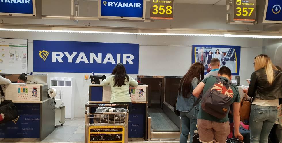 Ryanair cancela 200 vuelos y dejará en tierra a 50.000 pasajeros — España