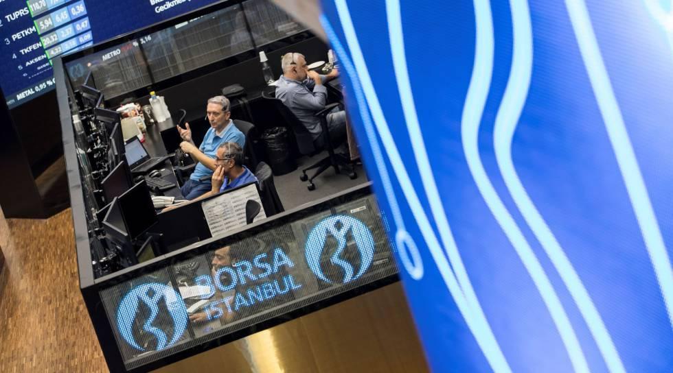 Lira turca se recupera, pero el peso mantiene pérdidas