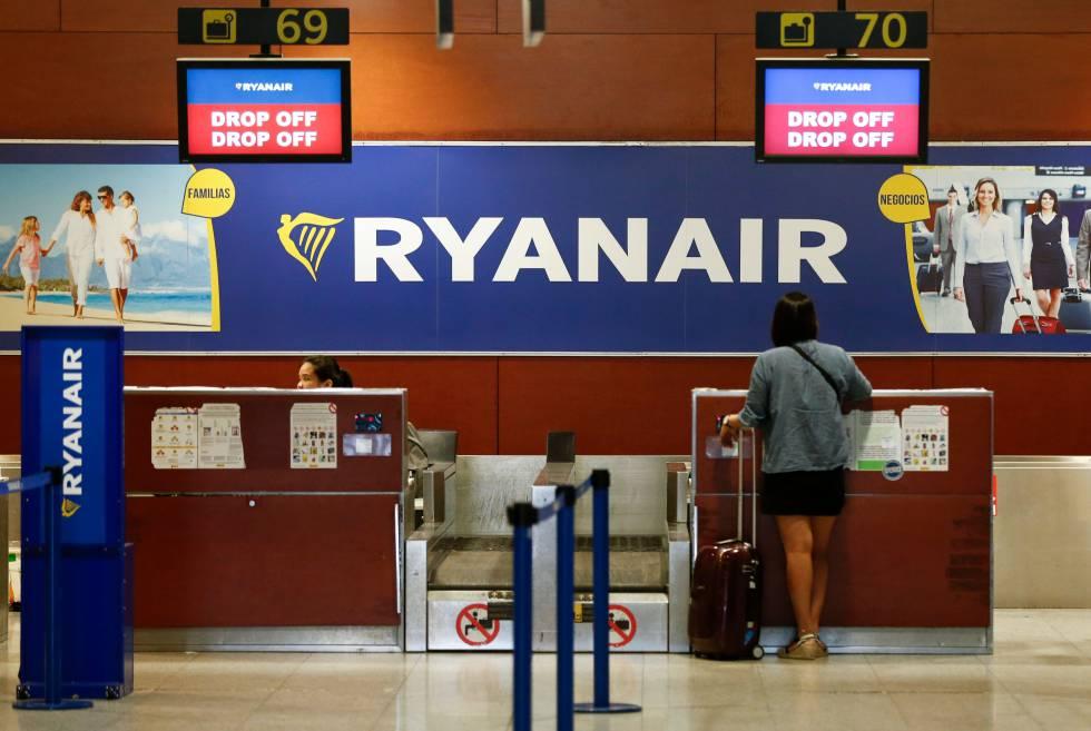 Ryanair cobrará el equipaje de mano a partir de noviembre