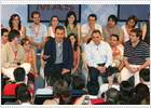Zapatero asegura que al final de la legislatura la Constitución será más fuerte
