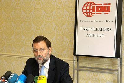 Rajoy, durante una rueda de prensa en Washington en el marco de la reunión la Unión Democrática Internacional.
