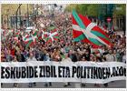 Dirigentes de Batasuna se unen a la manifestación convocada por particulares en San Sebastián
