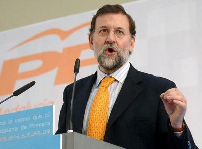 El presidente del PP, Mariano Rajoy en un momento de su intervención durante el almuerzo mitin en el que ha participado en el Palacio de Congresos de Marbella.