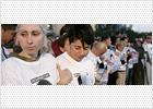 Unas 5.000 personas arropan a la familia del niño desparecido en Gran Canaria hace ya tres semanas