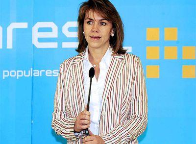 La presidenta del PP en Castilla-La Mancha, María Dolores de Cospedal, en la rueda de prensa de esta tarde en Albacete.
