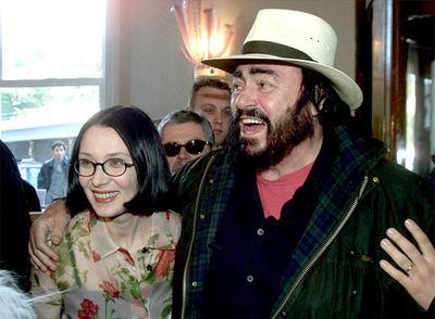 Acuerdo sobre la multimillonaria herencia de pavarotti for Luciano pavarotti nicoletta mantovani
