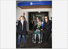 La duquesa de Alba abandona la clínica tras una operación de vesícula
