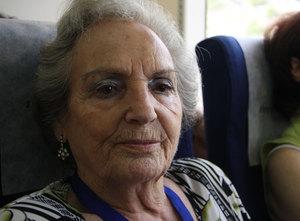 Un tren conmemorativo del exilio ha viajado desde Barcelona a la frontera francesa con 300 personas.