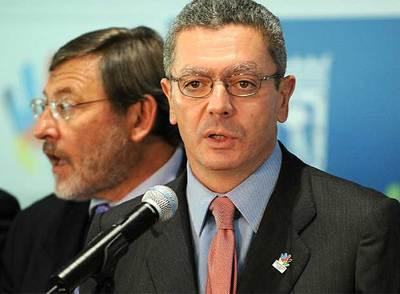 Alberto Ruiz-Gallardón, durante la comparecencia de ayer.