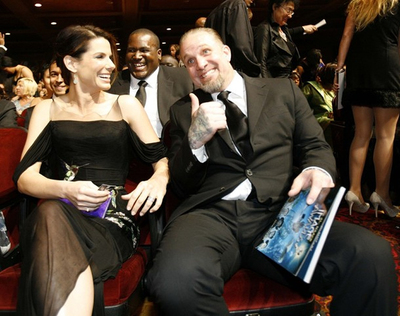 Sandra Bullock y Jesse James en una imagen del 26 de febrero de 2010