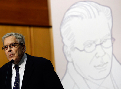 El ex fiscal anticorrupción, Carlos Jiménez Villarejo, durante su discurso a favor del juez Garzón.