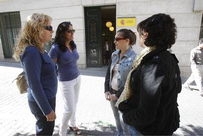De izquierda a derecha,  Almudena, Maribel, Alicia y Loli (de espaldas).