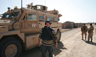 El periodista, en otra imagen tomada en Marjah, al sur de Afganistán, en marzo de 2010.