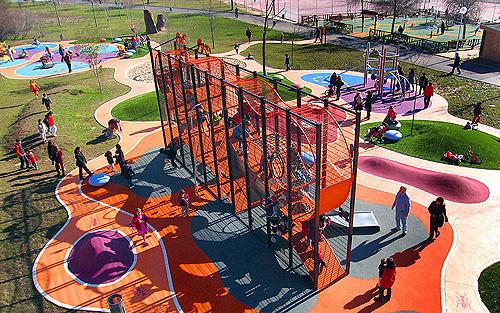 Para columpiarse actualidad el pa s - Construir parque infantil ...