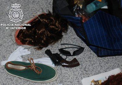 Objetos con los que se disfrazó el detenido en Gran Canaria para simular su secuestro