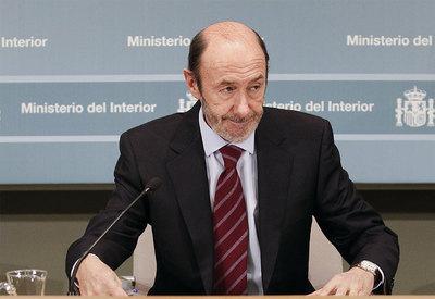 Pérez Rubalcaba, durante la rueda de prensa.