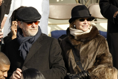 Steven Spielberg, junto a su esposa Kate Capshaw, durante la jura de Barack Obama como 44º presidente de Estados Unidos.
