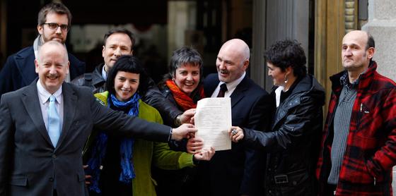 Sortu se presenta como un partido democr tico pero no pide for Donde esta el ministerio del interior