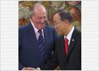El Rey recibe a Zapatero para hablar sobre la actuación de España en Libia