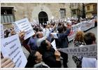 Los vendedores ambulantes protestan en Valencia para conservar sus puestos