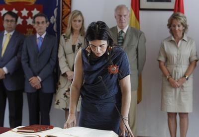 Los miembros del Consejo de Administración de Radio Televisión Madrid toman posesión.