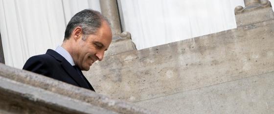 Francisco Camps, momentos antes de anunciar su dimisión como presidente de la Generalitat.