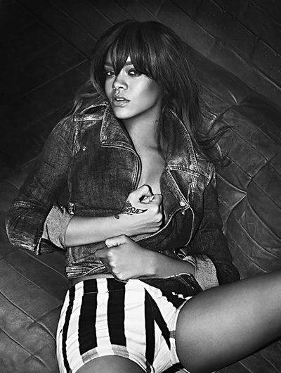 La cantante Rihanna en una de las fotos de la campaña de 2012 de Armani Jeans.