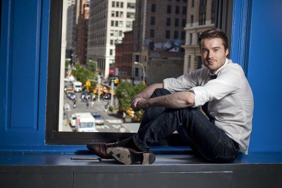 Pete Cashmore, fundador de Mashable, desplegando su atractivo en Nueva York, el 16 de septiembre de 2011