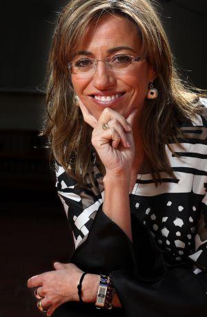 Soraya Sáenz de Santamaría, entre pañales y decretos