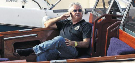 El empresario italiano Flavio Briatore, en un barco.