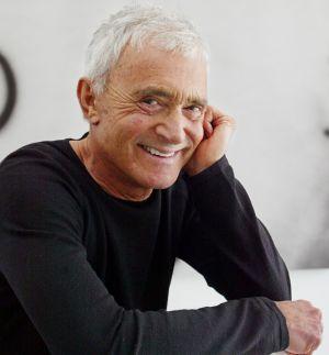 El peluquero Vidal Sassoon, fotografiado en su casa de Beverly Hills en 2003