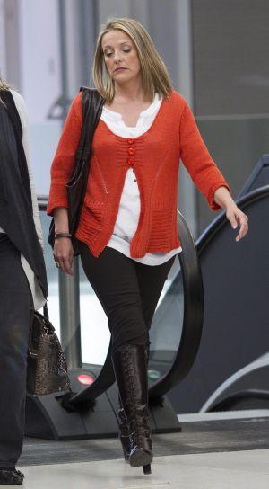 Julita Cuquerella, a su llegada al juzgado de Barcelona donde el juez del 'caso Palma Arena', José Castro, le tomó declaración, el pasado 20 de abril.