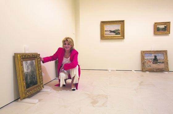 """Cervera, en una de las salas del Museo Carmen Thyssen de Málaga, en abril de 2011. Según explica, al año de su apertura, el museo ya cuenta con beneficios: """"Parece que no lo hago mal"""", concluye."""
