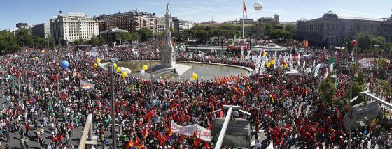 Thousands of people converge in Madrid's Colón Square to demand the government take back its austerity measures.