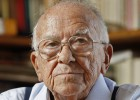 Santiago Carrillo, emblematic Communist leader, dies aged 97