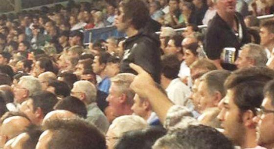 Imagen de Liam Gallagher en el Bernabéu.