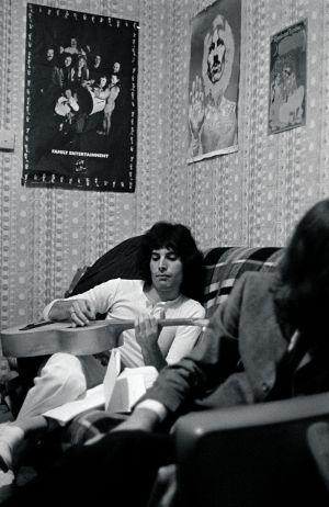 La anciana madre de Freddie Mercury desmitifica a su hijo