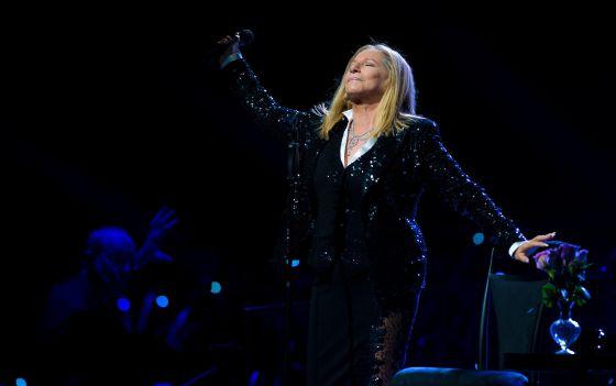 Barbra Streisand en concierto.