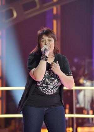 Maika Barbero, cantando 'Don't wanna miss a thing', de Aerosmith, en su segunda aparición en 'La voz', emitida el 24 de octubre en Telecinco. Una interpretación con la que venció a otro concursante, Toni Amboaje.