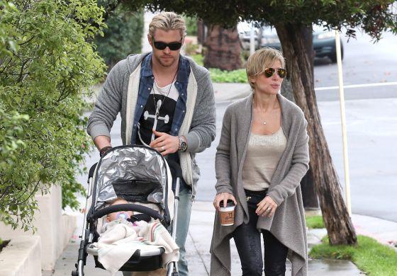 Elsa pataky, Chris Hemsworth y su hija, por las calles de Los Ángeles.