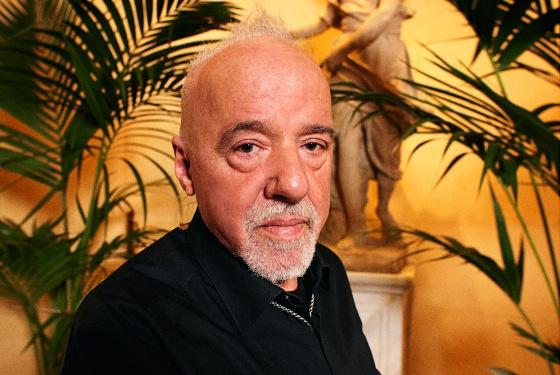 """Paulo Coelho: """"El intelectual ha muerto. Ha nacido el 'internetual'"""""""