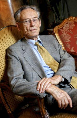 The British historian Sir John Elliott.