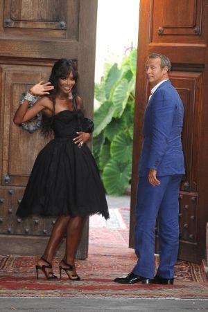 Naomi Campbell y su novio, el ruso Vladislav Doronin, en una fiesta de la firma Dolce & Gabbana en Taormina (Sicilia), en julio de 2012.