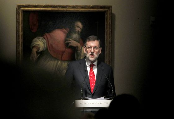 Prime Minister Mariano Rajoy gives his speech in the Prado Museum on Tuesday to mark the donation of a group of medieval works by collector José Luis Várez Fisa.